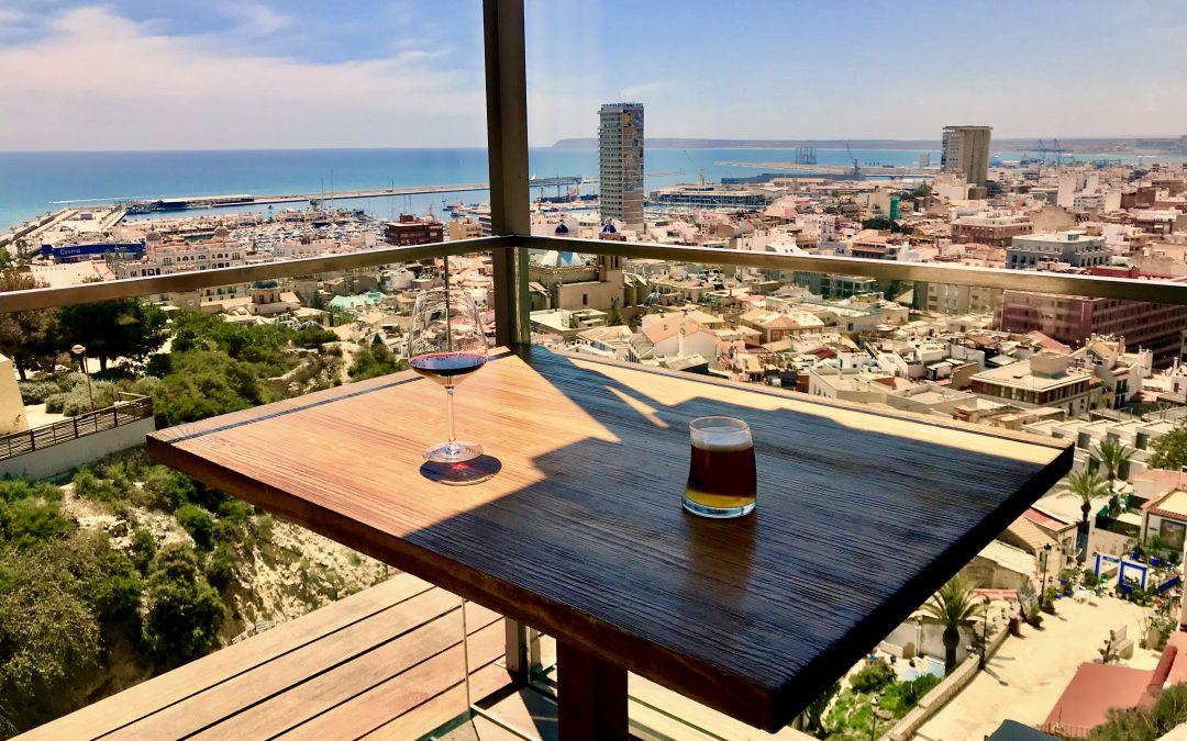 La Ereta, el restaurante que tiene Alicante a sus pies